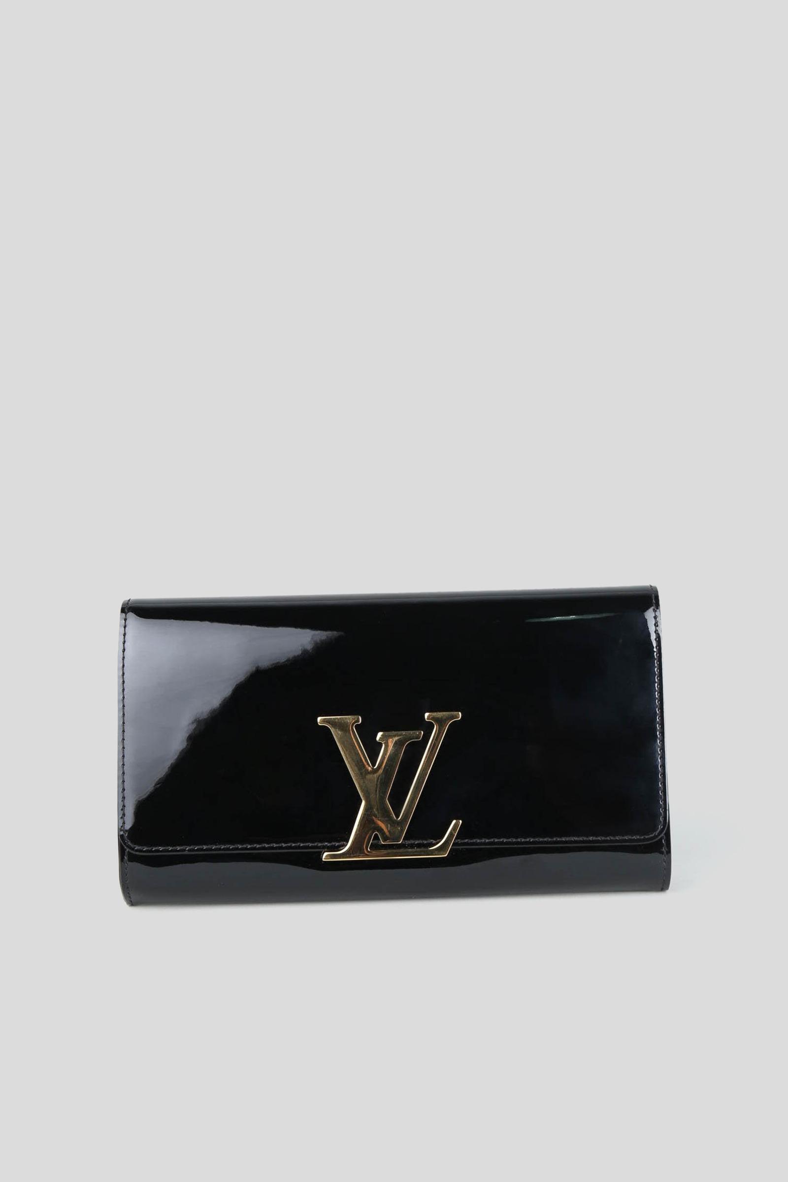 2eafc82b168e33 Rent LOUIS VUITTON Patent Leather Clutch in Dubai - Designer 24
