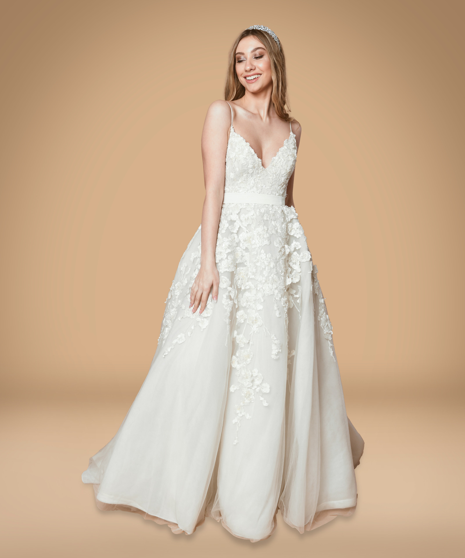 Wedding Gowns To Rent: Dress 1